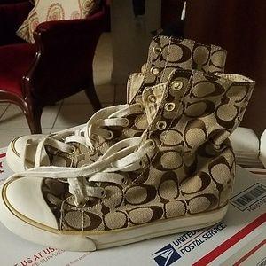 Coach shoes size  5